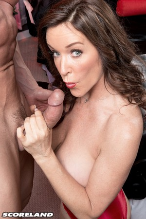 Middle-aged American female Rachel Steele seduces her man in lingerie and hose
