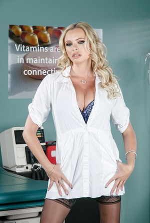 Canadian babe Briana Banks slips out of her uniform in the emergency room