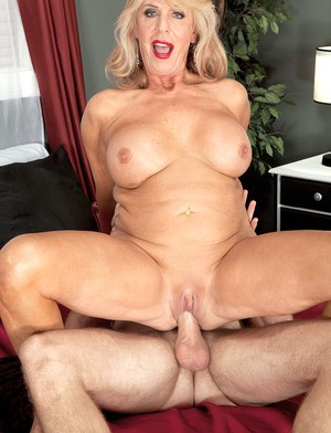 Hot chicks are guys with raucous cock engulfing