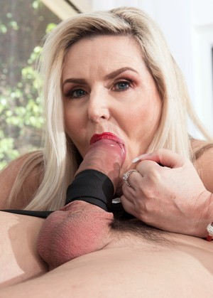 Hot older woman Velvet Skye swallows the cum of her much younger lover