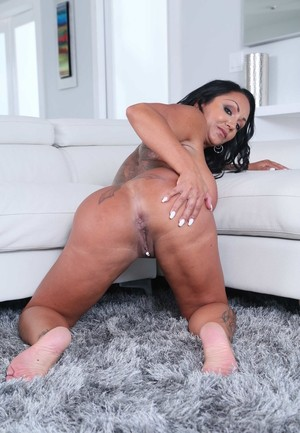 Thick female Ashton Blake releases her pierced body parts as she undresses