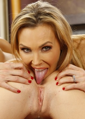 Blonde MILF Tanya Tate turns her stepdaughter Natalia Starr into a lesbian