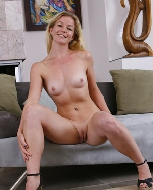 Jerk off mature naked women