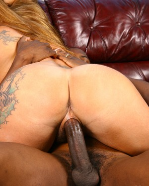 48-year-old cougar got long, fat, and young black dick into her unshaved cunt