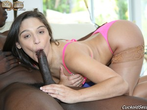 Guy licks black dude's cum of girlfriend Abella Danger's ass after hot fuck
