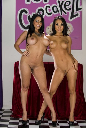 Stunning MILFs Diamond Kitty & Asa Akira pose in their sexy black high heels