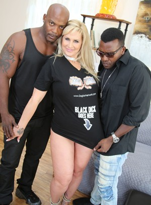 Tattooed blonde wife Ryan Conner fucks 2 black man instead of her cuckold