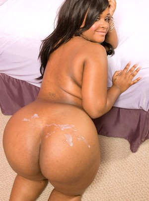 Bubble but Gizelle Stallion gets her black pussy filled with a white dick