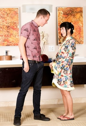 Japanese babe in kimono Marica Hase presents man massage with some sweet sex