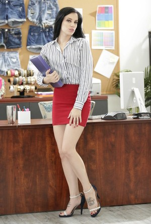 Black-haired Bobbi Dylan gets rid of sexy office clothing waiting for her boss