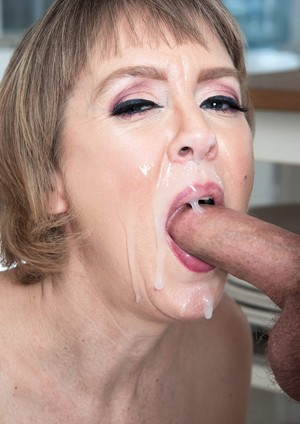Housewife Jamie Foster gets her muff licked out and fucked by her son's friend