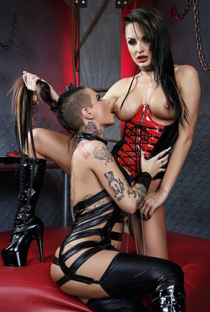 Inked Christy Mack gets dominated by a sexy MILF Alektra Blue in the dungeon