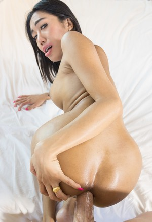 Shemale MOS likes to display her cock before takes care of another one