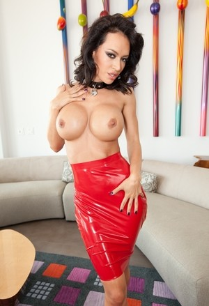 Big booty Franceska Jaimes receives a big black cock deep into her ass