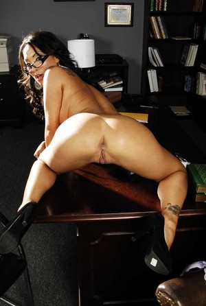 Asian doctoral student Asa Akira strips naked in her professor's office