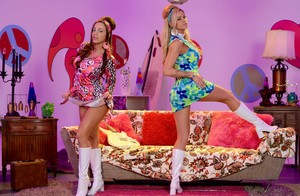 Curvy lesbians in vintage outfits Abigail Mac and Jessa Rhodes do dirty stuff