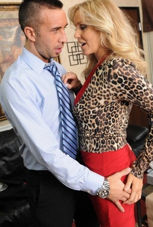 Experienced Julia Ann inspects a guy who wants to become rich womans lover