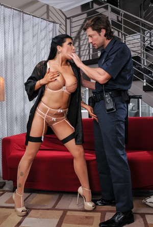 Masturbating housewife Romi Rain gets banged by man with a big cock and a gun
