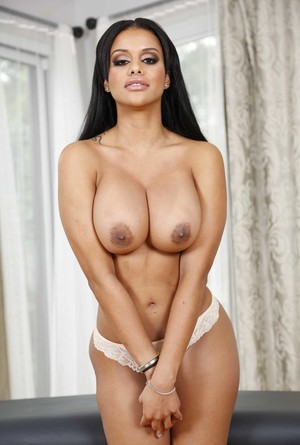Solo model Mary Jean frees her ample assets from her 2 piece lingerie set