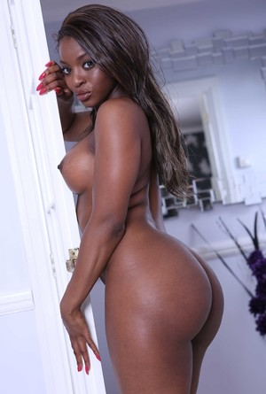 Black chick Jasmine Webb flaunts her bubble butt as she gets naked