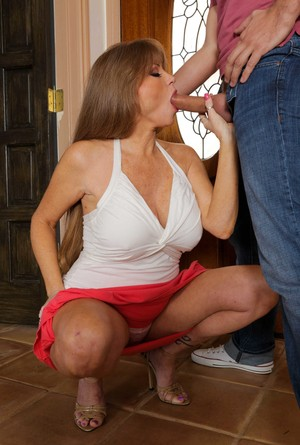 Aged lady Darla Crane takes the big dick of her daughter's man in her ass