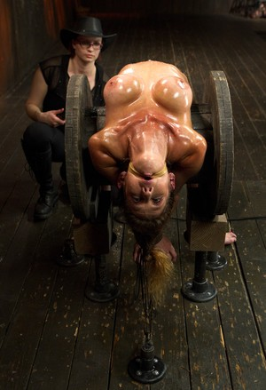 Felony and Mz Berlin have a lesbian BDSM session with painful humiliation