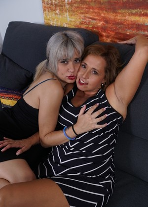 Old and young dykes lick each other all over and that includes assholes too