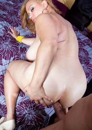 Blonde chick Liza Biggs entertains a man with her huge tits and bald pussy