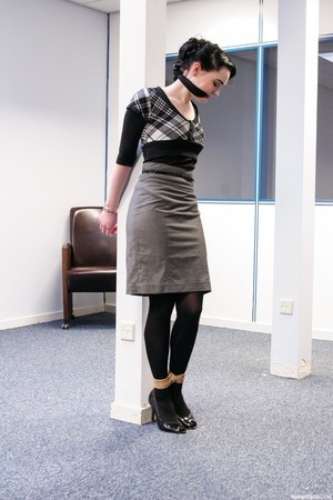 Submissive short haired cutie Lilly being tied up at the office