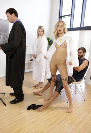 Blonde girl Haley Reed fucks her stepbrother in the middle of choir practice
