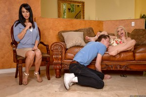 Dark haired mom joins her blonde stepdaughter and boyfriend for a 3some