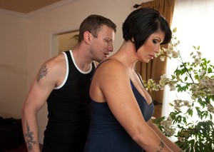 Shay Fox and stepdaughter Lola Foxx are forced into lesbian sex