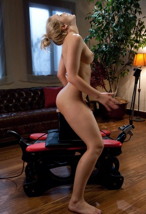 Naked white chick Alexis Texas rides her high end sex machine to an orgasm