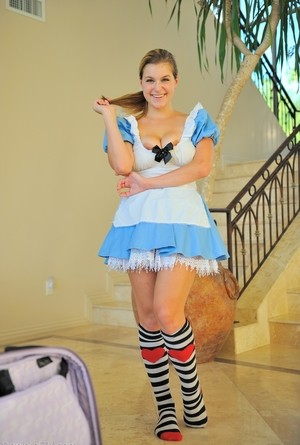 Naughty Amateur Dolls Up In Cosplay Outfit Prior To Riding Bedpost Pandamovies 1