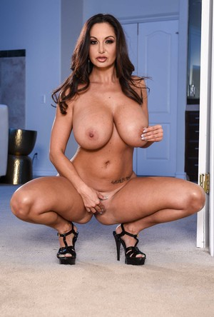 Outstanding busty MILF Ava Addams posing nude and tease with magnificent body
