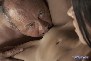 Sasha Rose helps old man with work and surprises him with unexpected fucking