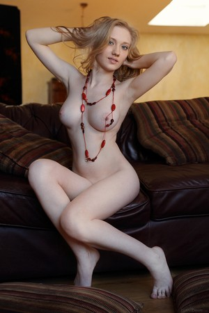 Babe Lorna A with slim waist slender body and a pair of perfect-matching tits
