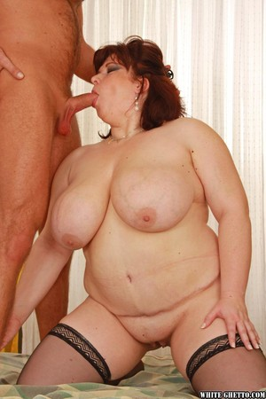 BBW Anna Marie gets her pierced pussy stuffed with dick on a bed