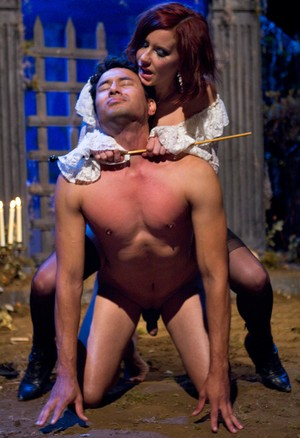 Slave Gabriel Dalessandro gets tortured by his mistress before receiving head