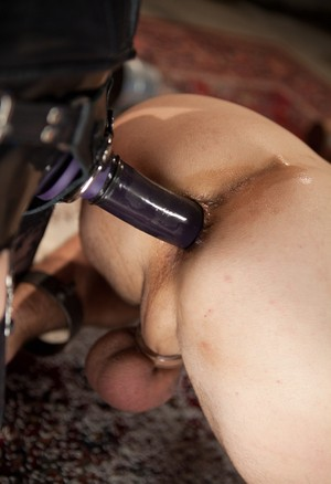 Maitresse Madeline Marlowe pegs male sub while administering CBT at same time
