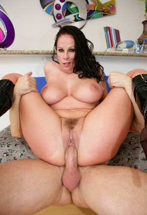 Big Boobed Policewoman Gianna Michaels Tit Smothers A Perp After Fucking Him