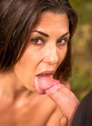 Spanish beauty Alexa Tomas pleases lover with amazing blowjob in the forest