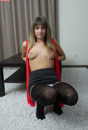 Latvian belle Olivia Bloom finds the courage and shows man shaved pussy