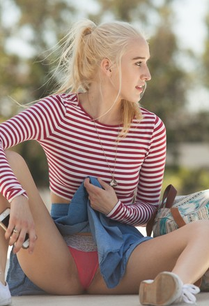 Hot blonde girlfriend Robin Medina hikes her skirt for sexy public panty flash