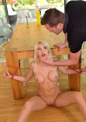 Stepdad finds young Kitana Lure naked & ties her up for hot ass fucking