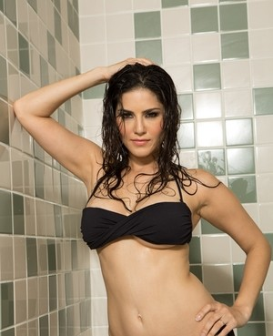 Sunny leone reverse cowgirl opinion you
