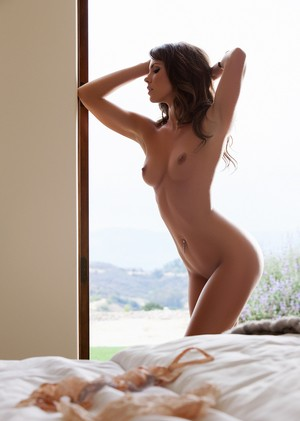 Babe with bewitching face Gia Ramey-Gay flaunts unbelievably beautiful body
