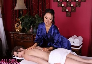 Beautiful student Jennifer White get the special 69 massage & finger treatment