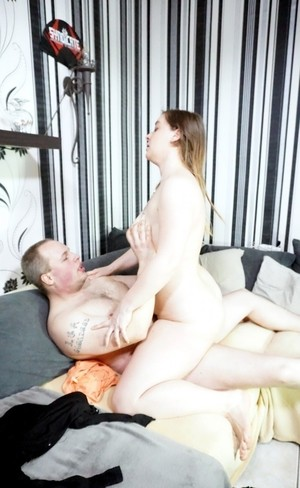 Chubby girl fucked in doggystyle cowgirl missionary poses in her first scene