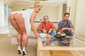 Gorgeous MILF with big ass Ryan Conner is having fun with two guys